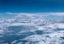 Awan dan realitas semu